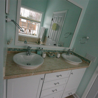 Kitchen bathroom remodeling tile showers home for Bath remodel wyoming mi