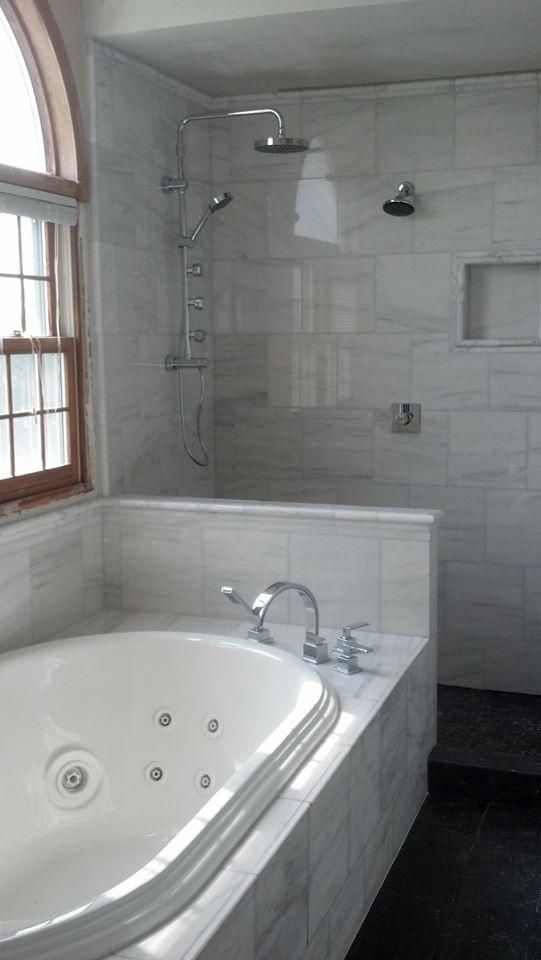 Bathroom remodeling comstock park grand rapids mi for Bathroom cabinets grand rapids mi